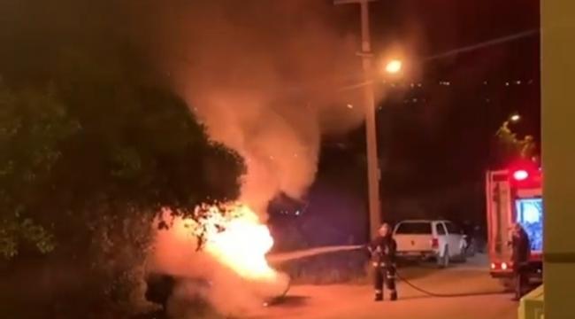 Bursa'da geceyi alevler aydınlattı