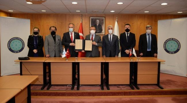 Kosova Hasan Priştine Üniversitesi ile akademik iş birliği protokolü