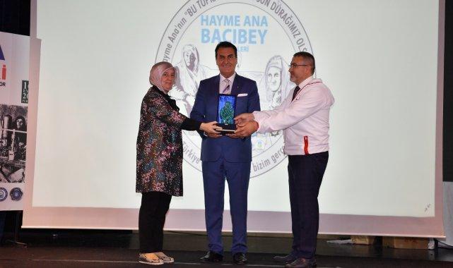 Osmangazi'ye Hayme Ana Bacıbey Ödülü