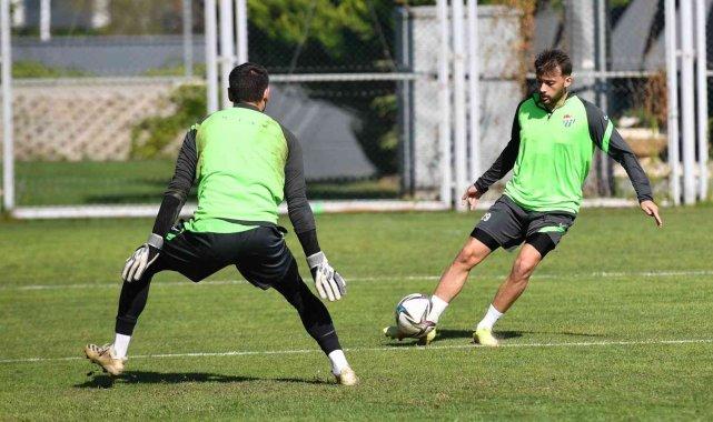 Bursaspor'da Balıkesirspor maçı hazırlıkları devam ediyor